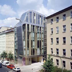 miniloft mitte stylish loft apartments in berlin mapplr. Black Bedroom Furniture Sets. Home Design Ideas