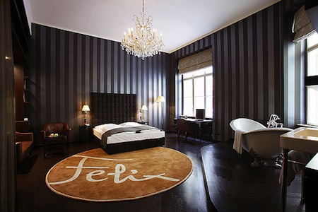 hotel altstadt renovated 19th century patrician house in. Black Bedroom Furniture Sets. Home Design Ideas
