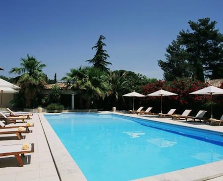 La Magnaneraie Charming Hotel With Lovely Gardens In Avignon Mapplr